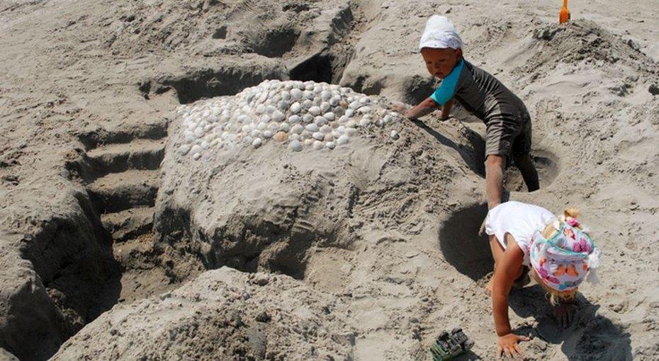 2-летняя девочка, пропавшая изпесочницы двое суток назад, найдена
