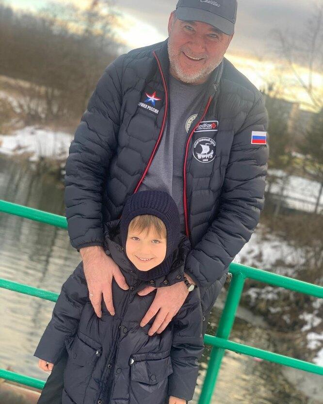 Отец и сын Марии Кожевниковой фото