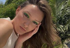 7 ярких вариантов макияжа от визажистов, которые можно повторить дома