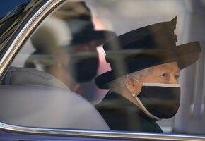 6 личных посланий: последние знаки любви королевы к принцу Филиппу