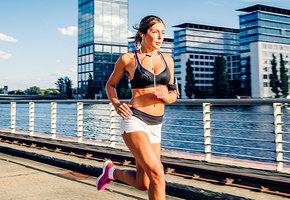 Спорт в жару: стоит ли проводить тренировки летом?