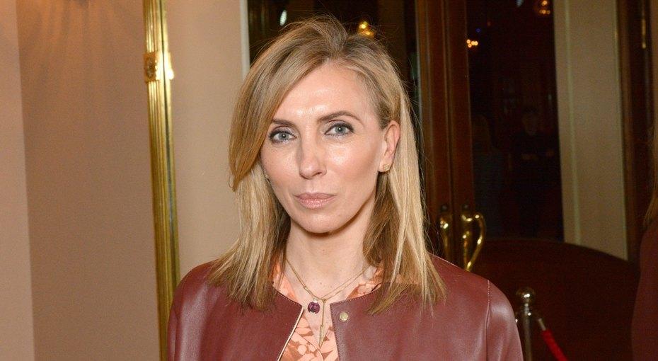 «Обе прекрасны»: Светлана Бондарчук нежно поздравила сводную сестру сднем рождения