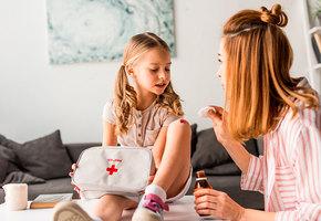 Мамина школа: 5 правил первой помощи, которые должен знать ребенок