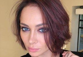 Выступление Настасьи Самбурской вырезали из эфира премии