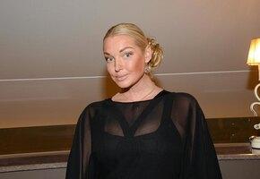 «Родила ее 15 лет назад»: Анастасия Волочкова показала дочь