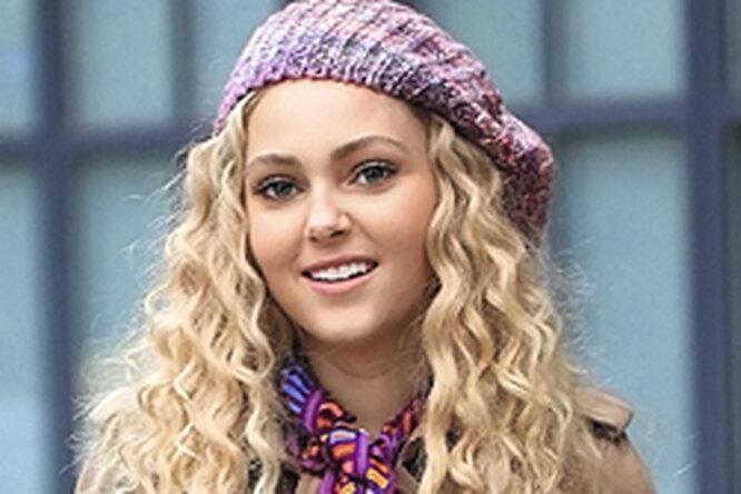 Звездный тренд: вязаные шапки