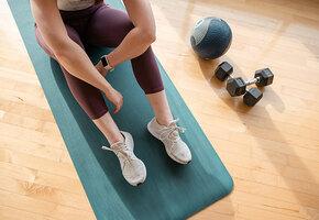 Как подкачать ноги, если болят колени: вот несколько щадящих упражнений