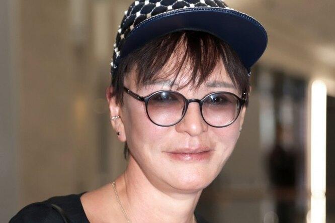 «С любовницами уезжал намоих глазах»: Ирина Хакамада оразводе стретьим мужем