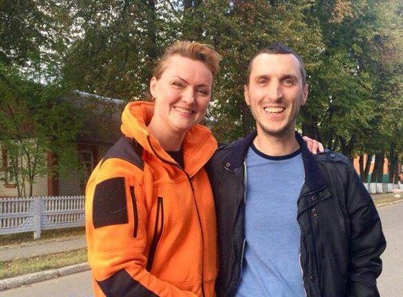 Маша и коллега по отряду Сергей Зябко сразу после того, как нашли Тахира