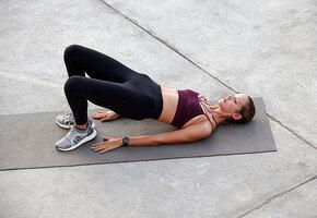 3 простых упражнения для малого таза, которые помогут от недержания мочи