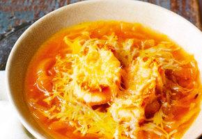 Этот рецепт докажет, что приготовить изысканный луковый суп может каждый