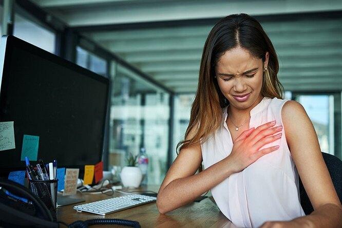 6 признаков сердечного приступа уженщин, которые трудно распознать