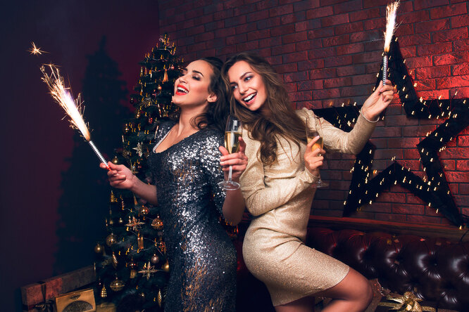 В чем встречать Новый год Крысы: 35 платьев