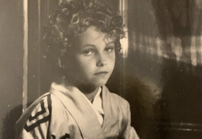 Зачем Ингеборга Дапкунайте, Константин Хабенский и другие звезды рассказывают о своем детстве?