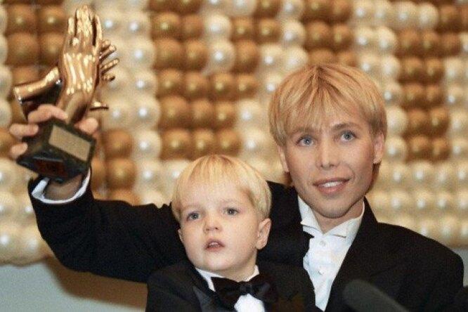 «Никто непонимает»: сын Сергея Зверева ушел вмонастырь