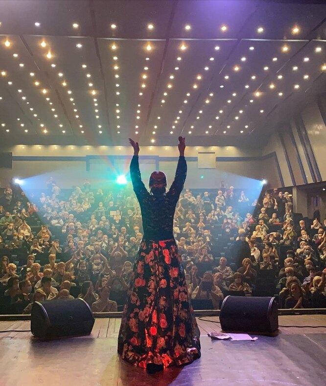 Марина Девятова на концерте в Вологде