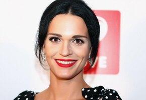 «Три пары потрясающе красивых глаз»: певица Слава показала дочерей