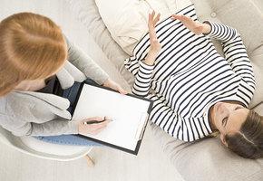 «Зачем старое ворошить, не лучше ли идти в будущее?»: несколько мифов о психотерапии