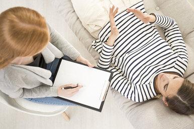 «Зачем старое ворошить, нелучше ли идти вбудущее?»: несколько мифов опсихотерапии