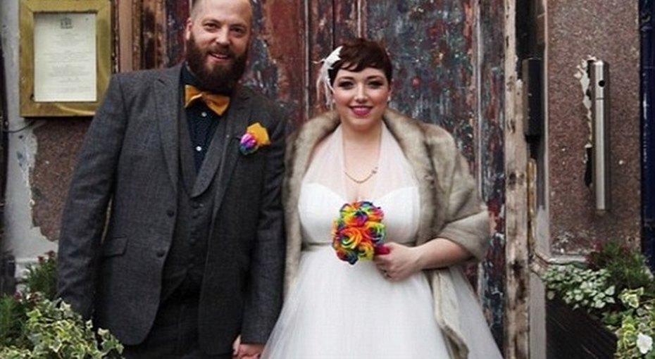 Модный блоггер показала фотопроект, посвященный полным женихам иневестам