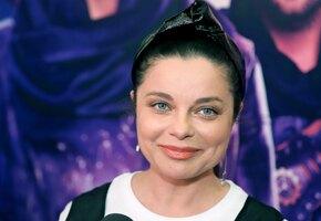 «Шикарная»: 47-летняя Наташа Королёва показала смелое декольте