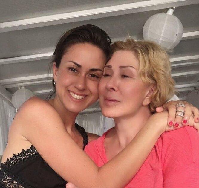 Любовь Успенская и Татьяна Плаксина фото
