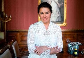 Анна Нетребко: как кубанская пионерка стала суперзвездой для элиты