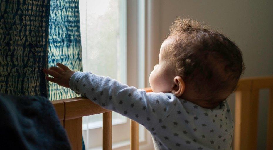 Очень долгая ночь: мама доутра наблюдала призрак чужого младенца вкроватке своего ребёнка