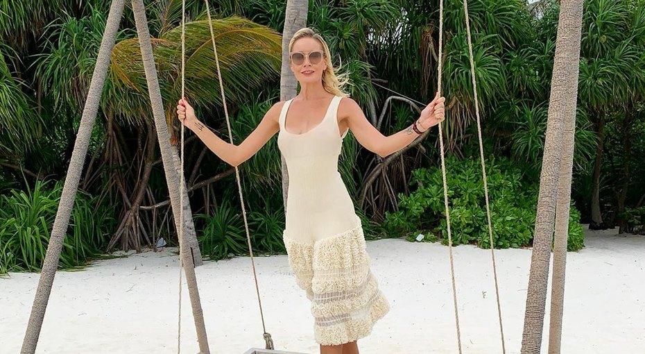 «Особенный день»: Елена Летучая отметила годовщину свадьбы ссупругом наМальдивах