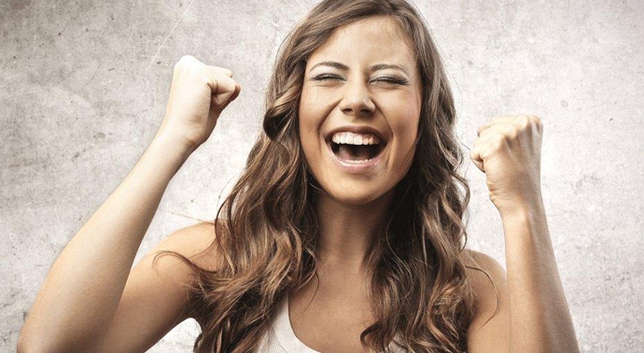 Женщины счастливее мужчин. Теперь официально