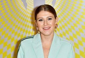 «Я личность»: звезда сериала «Чики» Варвара Шмыкова считает себя феминисткой