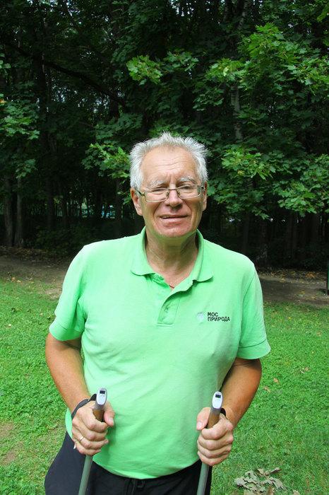 Валентин Волков, тренер поскандинавской ходьбе