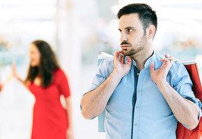 «Прелесть какая дурочка»: стереотипы о женщинах, которые придумывают мужчины