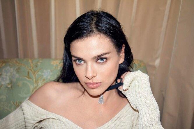 «Жертва моды»: Елена Темникова показала, как выглядела в90-е годы
