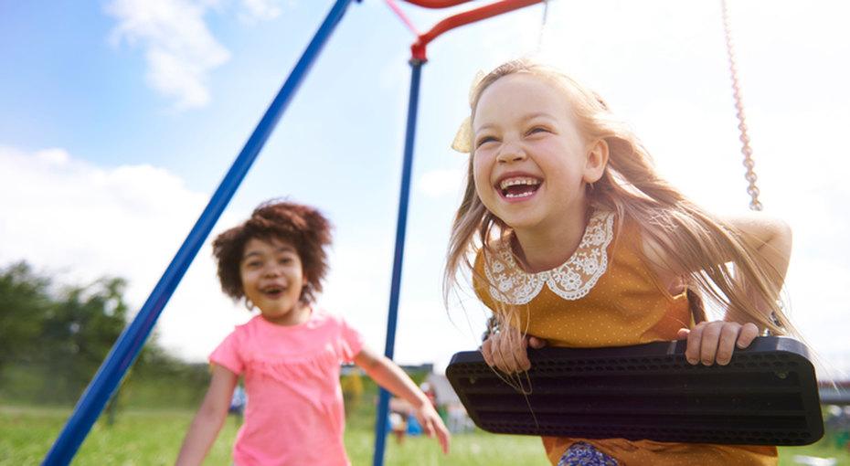 Этикет надетской площадке: можно ли делать замечания чужим детям?