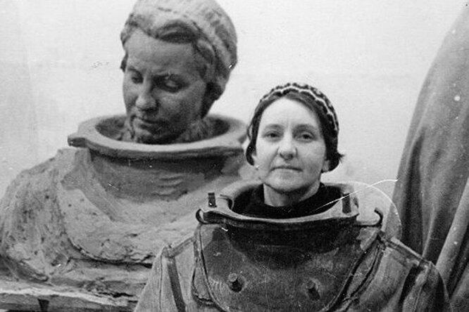 Стальная русалка блокадного Ленинграда: Нина Соколова, первая женщина-водолаз