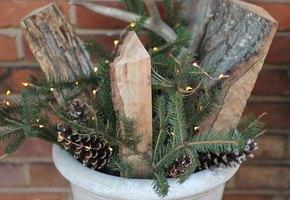 Самый быстрый рождественский декор из трех поленьев