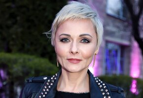 Сменившая имидж Дарья Повереннова вышла в свет с мужем