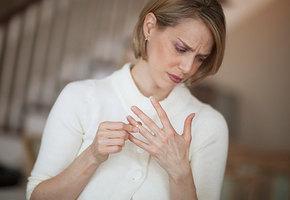 Одинока, но не беззащитна: чего нельзя говорить разведенной женщине