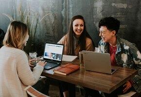 10 офисных лайфхаков, которые сделают вас стройнее