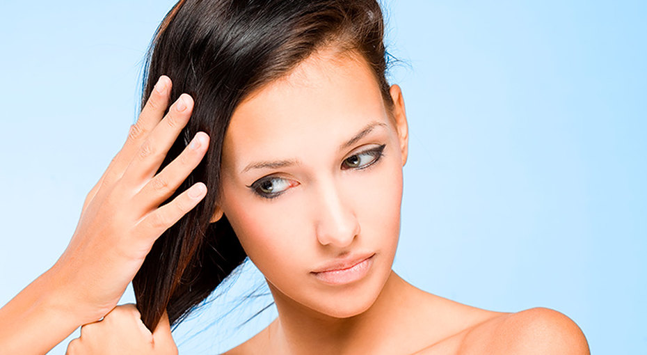 Жирные волосы неприговор: отчего нужно отказаться, чтобы пряди дольше выглядели чистыми