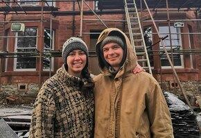 Семья случайно купила 120-летние развалины, не разобрав акцент ведущего аукциона