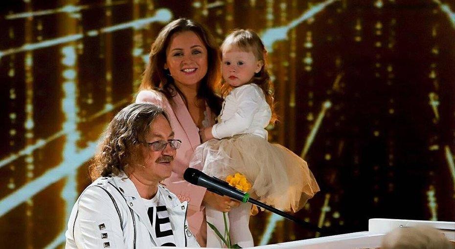 И цвет платья нетот, иживотных жаль: подписчики обсуждают день рождения дочери Юлии Проскуряковой