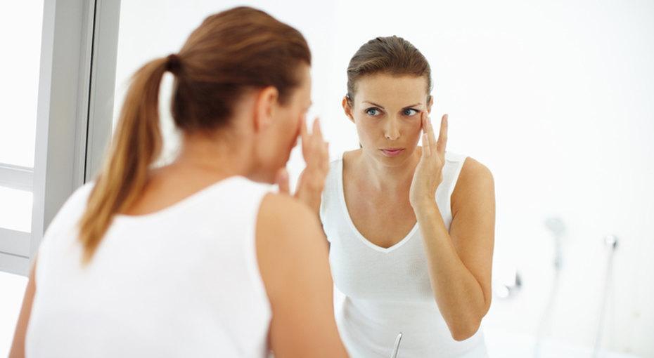 Как избавиться отморщин налбу ив уголках глаз