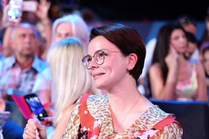 «Можете удивить»: Татьяна Брухунова вбелом вызвала восторг поклонников