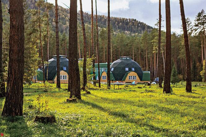Прозрачно- чистый воздух, тишина леса, магия алтайских гор – здесь есть всё для создания хорошего самочувствия