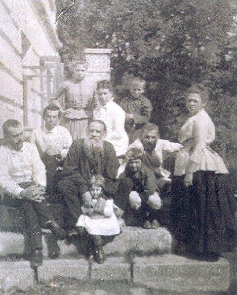 Лев Толстой и семья