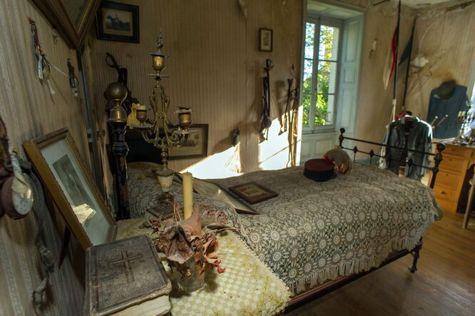 В доме нашли замурованную комнату погибшего солдата