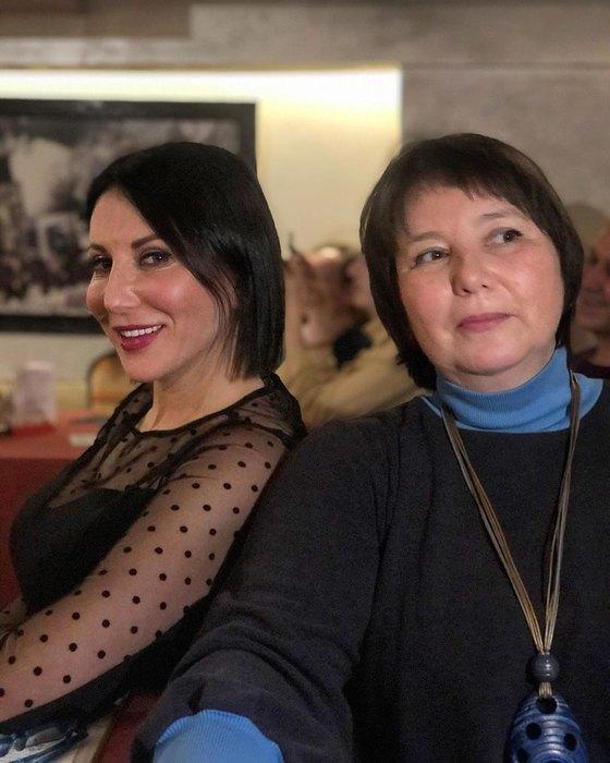 Алика Смехова ссестрой, Елена Смехова, дочери Вениамина Смехова