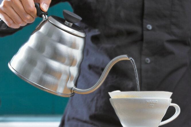 Заваривание кофе с помощью воронки Hario v60